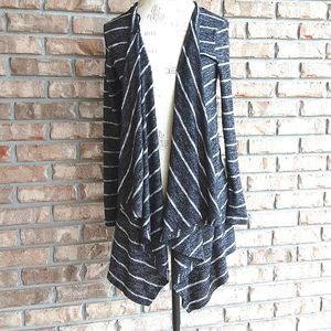 American Eagle Outfitters Waterfall Style Cardigan